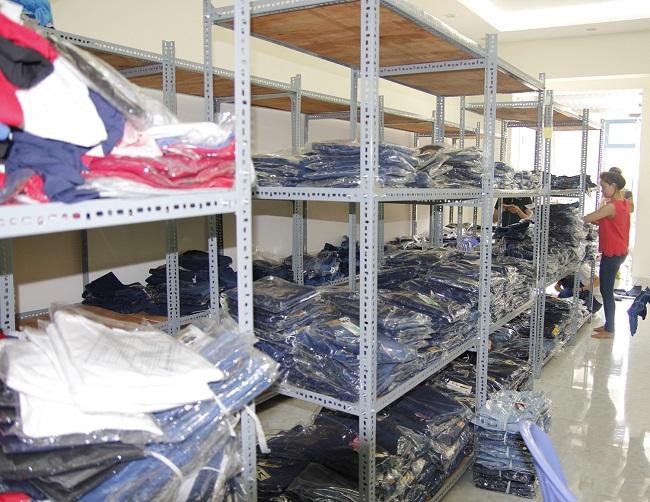 Xưởng đồ jean Kim Liên là Top 10 địa diểm chuyên sỉ quần Jean rẻ nhất TPHCM