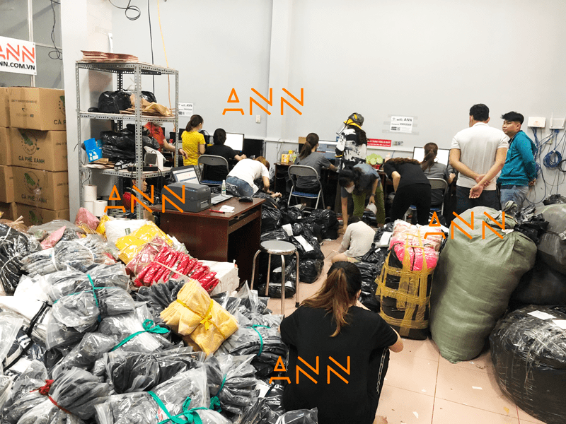 Xưởng áo thun Unisex ANN